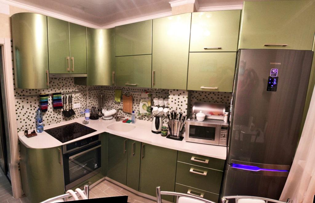 Кухня радиусный фасад фурнитура blum