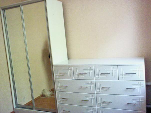 белый шкаф и комод на заказ шахты