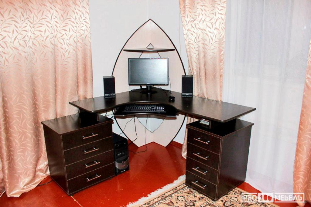 Компьютерный стол шахты на заказ