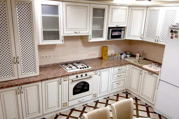 Кухня патина классический стиль на заказ Шахты
