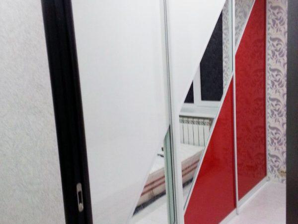 шкаф купе белый красный на заказ шахты